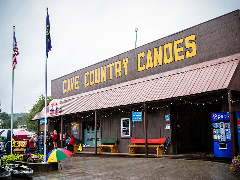 Cave Country Canoes Building
