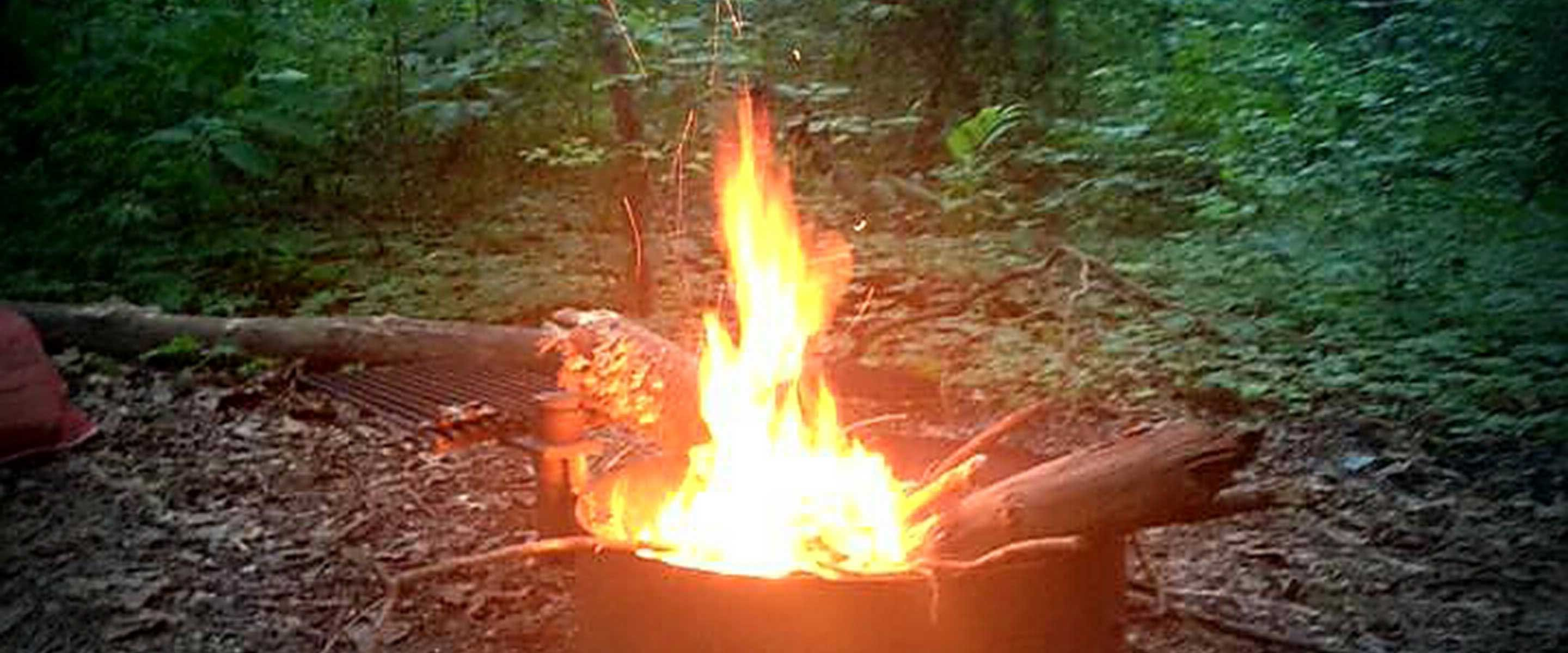 photo of warm orange campfire