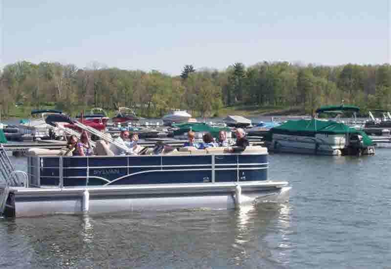 Pontoon Boat Rentals - Morse Marina